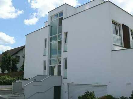 Traumhafte 4-Zimmer-Erdgeschosswohnung mit Terrasse und alleiniger Gartennutzung