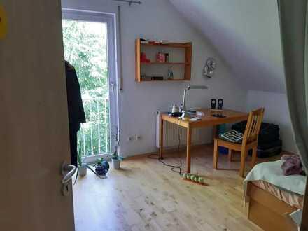 Zimmer in Haus zu vermieten.