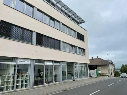 Moderne Praxisfläche im Panoramahaus Ingelheim