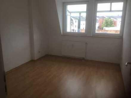 Gemütliche 2 Zimmer-Dachgeschoss-Wohnung mit Balkon!