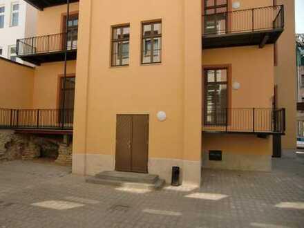 Hochwertig sanierte Altbauwohnung im Stadtzentrum!