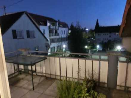 Helle 2-Zimmer-Wohnung mit Balkon und EBK in Sindelfingen-Maichingen