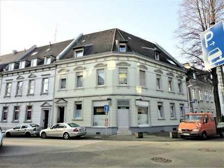 Mehrfamilienhaus in Mülheim Altstadt ( Dichterviertel )