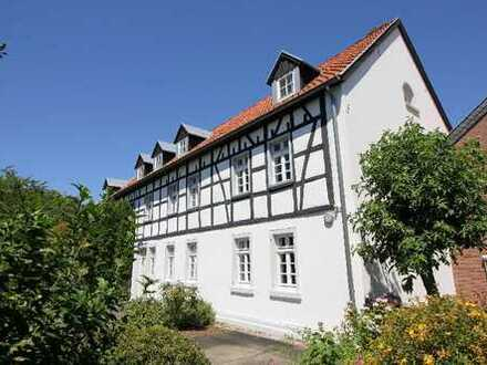 Wunderbare Doppelhaushälfte in historischer Vierkanthofanlage Wachtberg-Ließem, Ortsgrenze Bonn