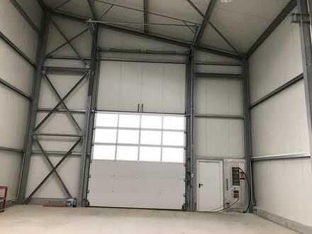 # Traitteur Immobilien - moderne Halle für Lager und Produktion