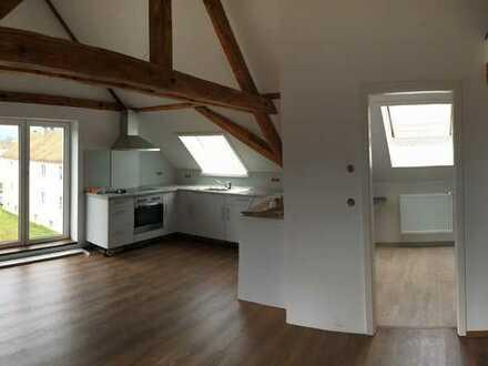 Stilvolle 1-Zimmer-DG-Wohnung mit Einbauküche in Spaichingen