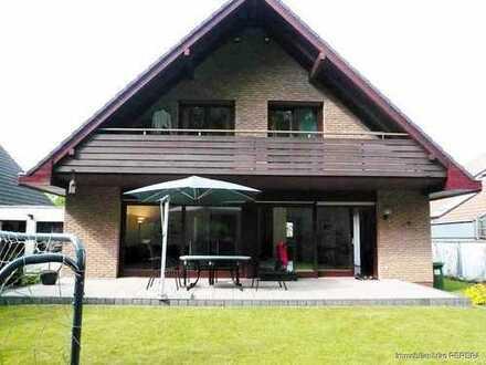 Freistehendes modernes Einfamilienhaus, mit sep. Einliegerwohnung, ideal für Familie mit Kindern