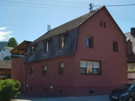 Großzügiges Zweifamilienhaus in Ortenberg. Hier macht Wohnen Spass!