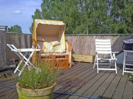 Sommertraum! 5-Zimmer Maisonette-Wohnung mit großer Dachterrasse!