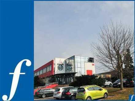 Produktionshallen * hochwertiges Bürogebäude * Andienung Rampen/ebenerdig * 400 MBit/s/Glasfaser