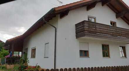Schöne vier Zimmer Wohnung in Wallersdorf - nahe Zentrum