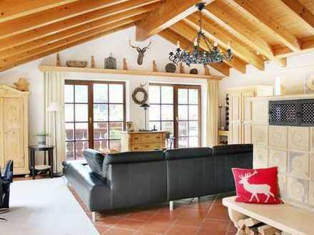 Wunderschöne und exklusive 108 m2 gr. 3-Zimmer DG Wohnung in Bad Wiessee am Tegernsee