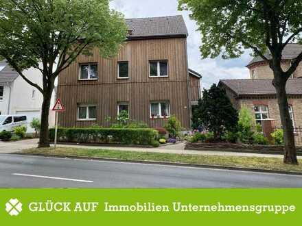 Saniertes Dreifamilienhaus im Herzen von Essen Horst
