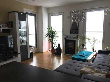 Moderne Zwei-Zimmer-Wohnung mit Süd-Loggia in Nymphenburg/Laim