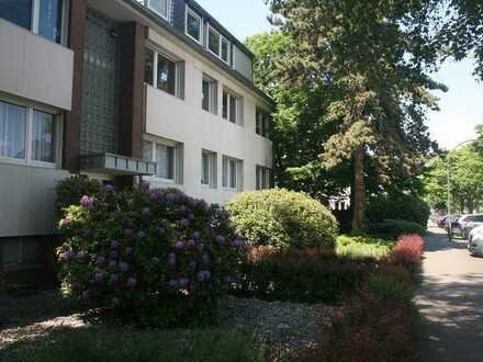Schöne 4-Zimmer-Wohnung in Düsseldorf in ruhiger Lage in Rheinnähe