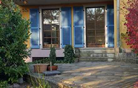 schöne, helle 2-Zimmer-Erdgeschosswohnung mit Terrasse und Einbauküche in Radebeul
