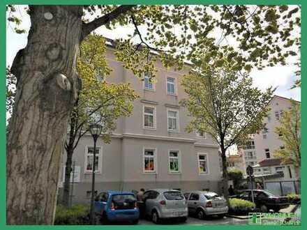 3 Raum Wohnung mit Loggia und PKW-Stellplatz in der Nähe vom Bahnhof zu vermieten.