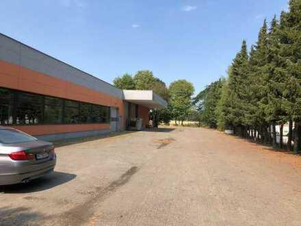 Lagerhalle und Produktionshalle mit Büro-/Verkaufsbereich / nahe der A1