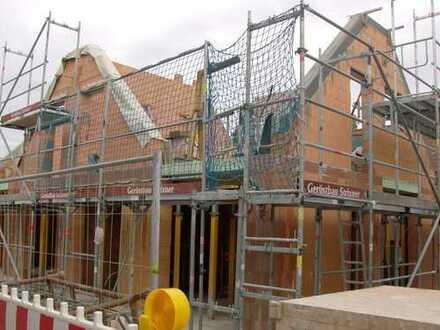 Neubau einer kleinen Doppelhaushälfte in Puchheim.