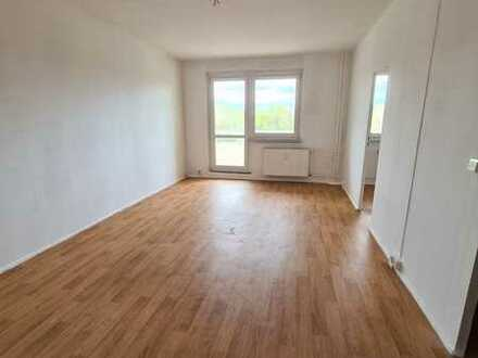 Junge Paare aufgepasst! Helle 3-Zimmer Wohnung sucht DICH!