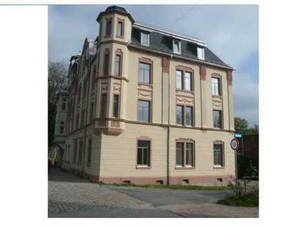 geräumige 5-Raum-Wohnung im DG