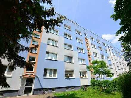 geräumige 4-RW ++ Balkon ++ Bad mit Wanne und Fenster