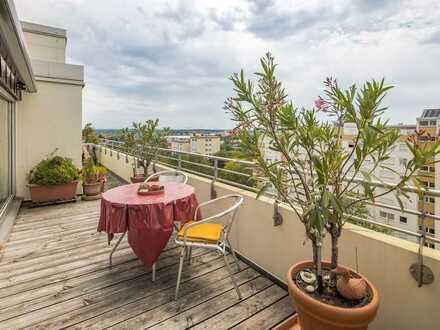 Kapitalanlage: 4-Zimmer Penthouse mit Pool über den Dächern von Pasing!Jetzt sichern, später nutzen!