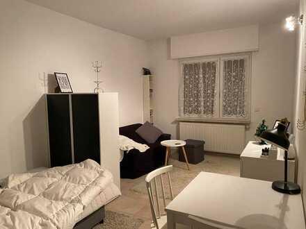 Gepflegte 2- Zimmer Wohnung in Mannheim * Einbauküche *