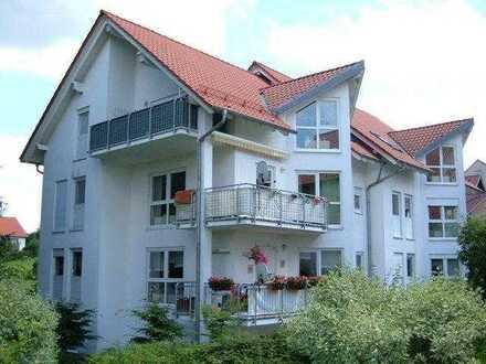 Helle 1-Raumwohnung mit Balkon in gepflegter Umgebung