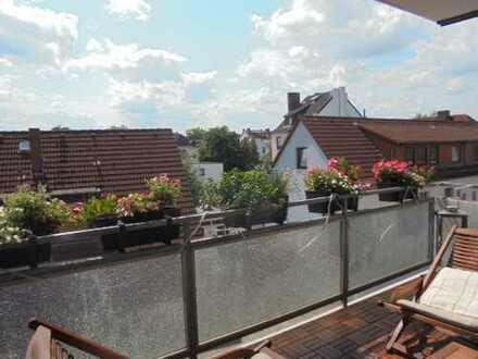 Idyllische 2-3 Zimmerwohnung in ruhiger Lage im 2. Obergeschoss mit Süd-Balkon und Garage in Walle