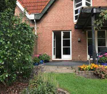 Schönes Haus mit fünf Zimmern in Bremen, Oberneuland