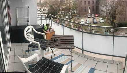 Neuwertige und sehr zentral gelegene 1,5-Zimmer-Wohnung mit Balkon und Stellplatz in Tübingen