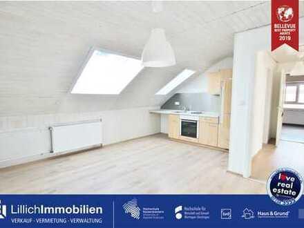 City-Liebling - hübsche 3-Zimmer Dachgeschosswohnung sucht neue Mieter.