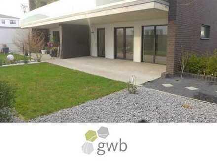 Neubau-Erdgeschosswohnung mit großer Terrasse und eigenem Garten