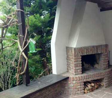 Bad Homburg- Haus im Haus in der City, 190qm Wfl. mit Terrasse und Garten