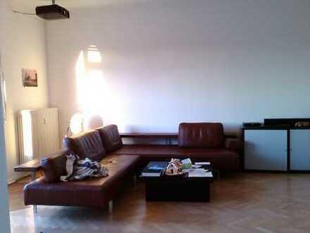 Altbau mit 2 Balkone, liebe Familie : Ihr neues Zuhause in KA Ost