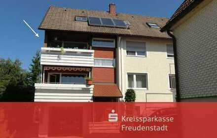 Attraktive Wohnung mit Balkon im Obergeschoss in Freudenstadt