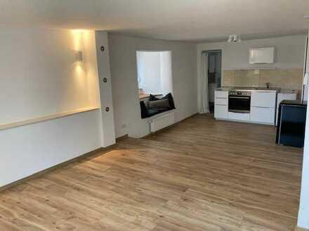 Schöne, geräumige ein Zimmer Wohnung in Kaiserslautern, Innenstadt