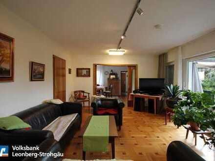 *Großzügige 4½ Zimmer-Wohnung im Zweifamilienhaus sucht Familienanschluss *