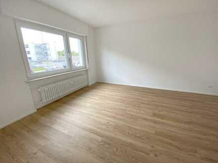 Frisch renovierte 4-Zimmer-Wohnung mit Einbauküche