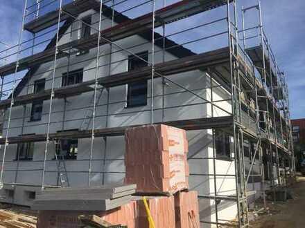 Neubau Erstbezug - moderne 3 Zi.-Wohnung, EBK und Balkon, hochwertige Ausstattung