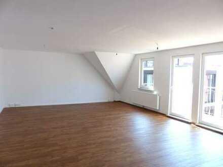 2,5-Zimmer Stadtwohnung mit Balkon und großem Wohnbereich
