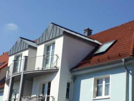 Teilmöblierte 4Zi-DG-Wohnung mit EBK,Balkon UND Dachterrsasse im Stadtzentrum Suhl