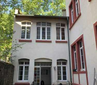 Idyllisches Wohnen im Hinterhaus in zentraler Lage von Mannheim