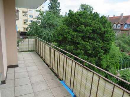 *** Pforzheim - Wohnung mit Balkon und Einbauküche Nähe Finanzamt ***