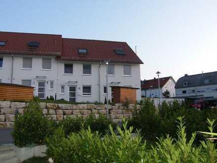 Göppingen-Jebenhausen, Gepflegtes 5 Zimmer Reiheneckhaus