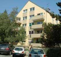 Nymphenburg, Nähe Schloss, helle 3-Zimmerwohnung, Parkettböden