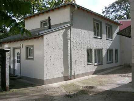 Nebengebäude mit 2 Zimmern in Leipzig, Gohlis-Süd, ideal für Pärchen und Singles