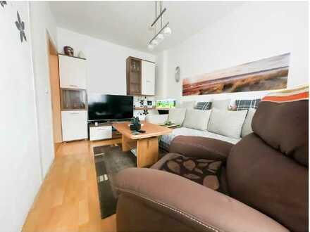 Schöne 2-Raum-Wohnung mit Einbauküche und Stellplatz zentral in Böhlen