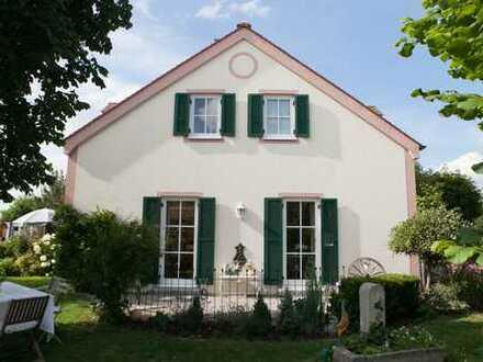 Gepflegte 3-Zimmer-Terrassenwohnung mit Einbauküche in Reichenbach